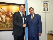 Minister of agriculture of Botswana Christiaan de Graaff and Prof. Dragan Primorac